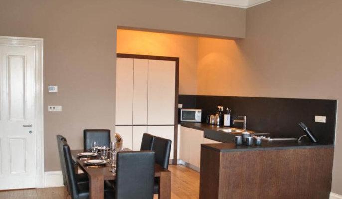 West End Apartments Glasgow Kitchen Area
