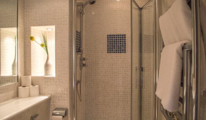 Glasgow Lynedoch Bathroom