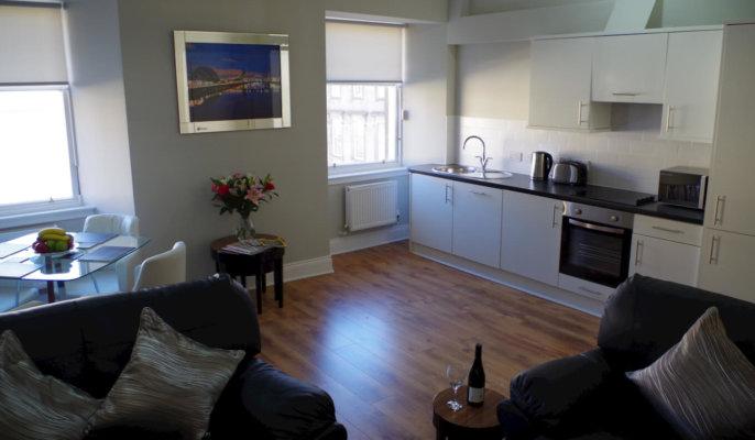 Saint Vincent Street Apartments Glasgow Living Area